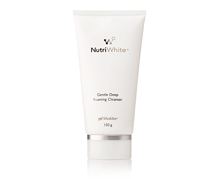 Nutriwhite foaming-cleanser